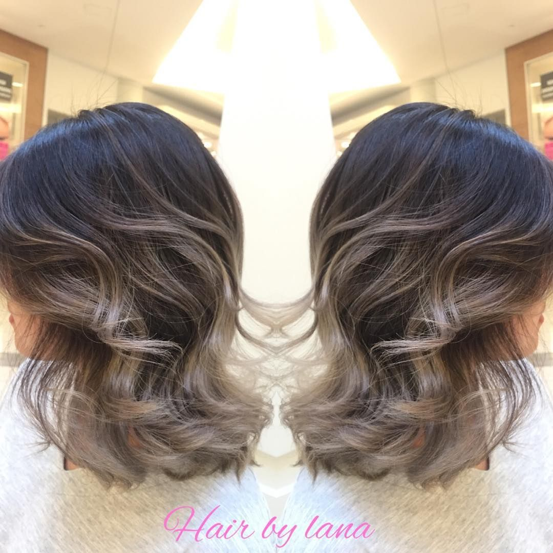 Here again grey ombre work with short hair natural sunlights