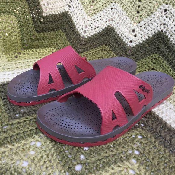 a45961fad357fb SENSI Italian shower spa shoes sandals . 42-43 10 Clean . No issues .  Minimal wear .. LKNW Sensi Shoes