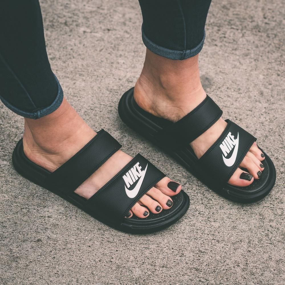 Nike Benassi Duo Ultra Women S Slide Sandals Nike Slide