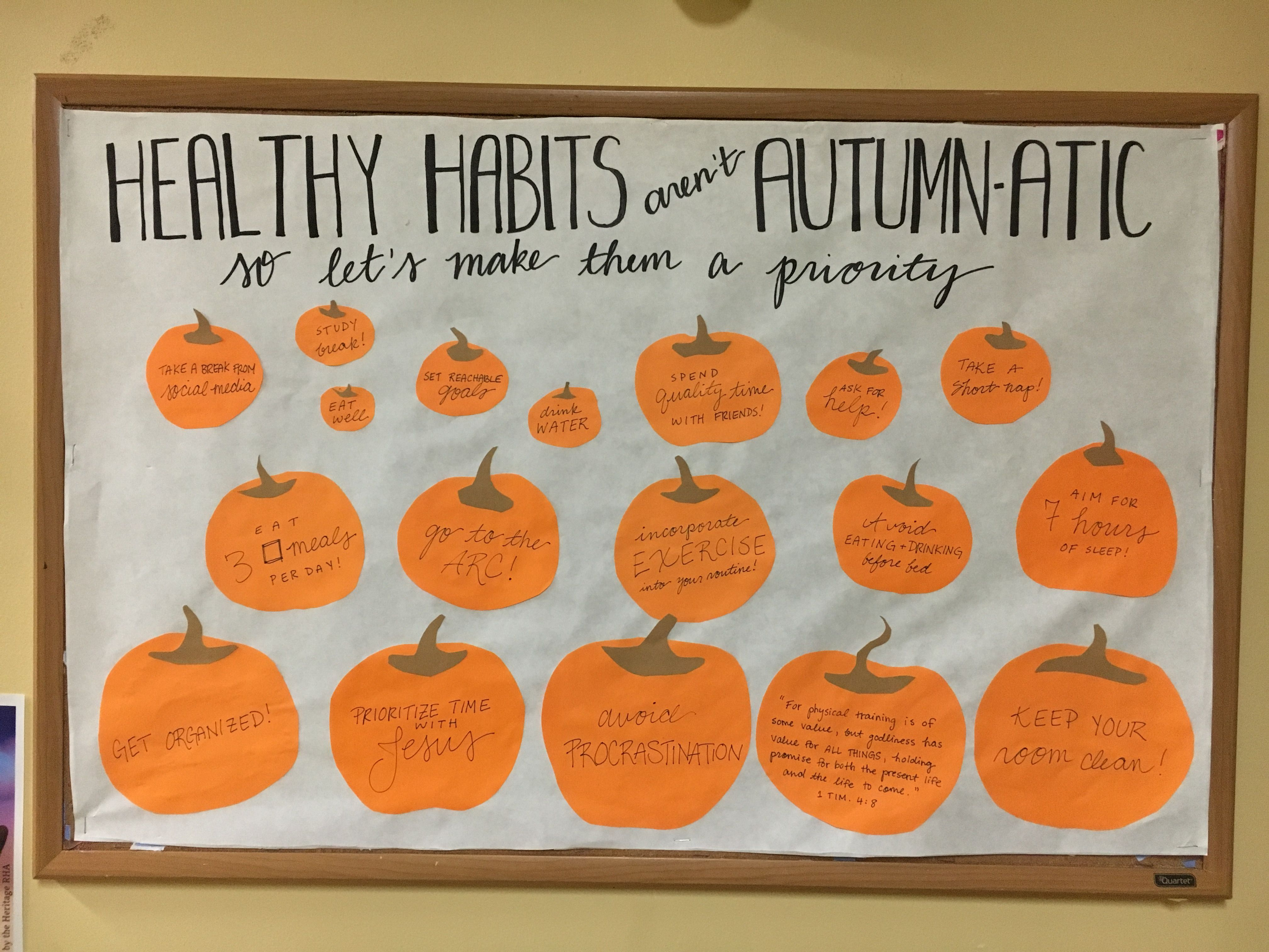 Fall or autumn bulletin board with pumpkins, healthy habits, health and wellness #rabulletinboards Fall or autumn bulletin board with pumpkins, healthy habits, health and wellness #rabulletinboards