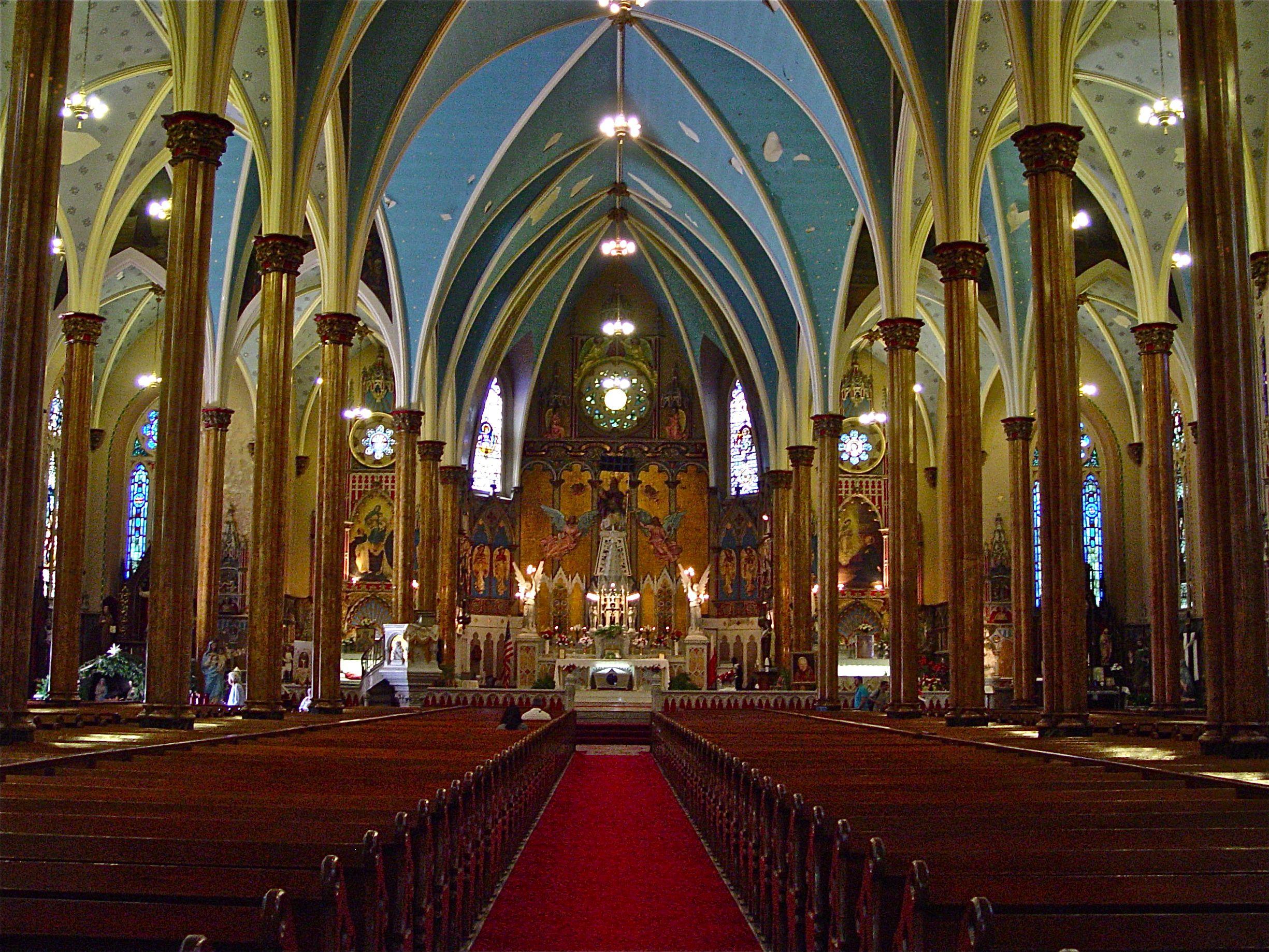 калашникова признанная католический собор фото внутри вид