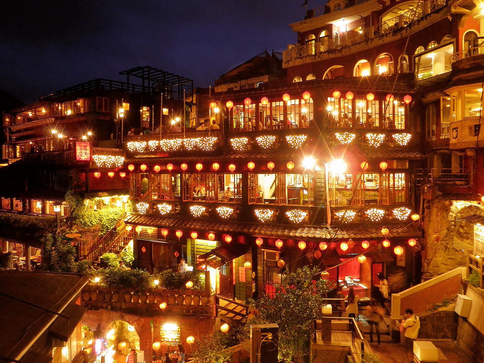 Jiufen Night Scene 九份夜景 Taiwan Jiufen Was Founded During The Qing Dynasty This Small Town Was A Relatively Isolated Village Un Night Scene Visiting Taiwan
