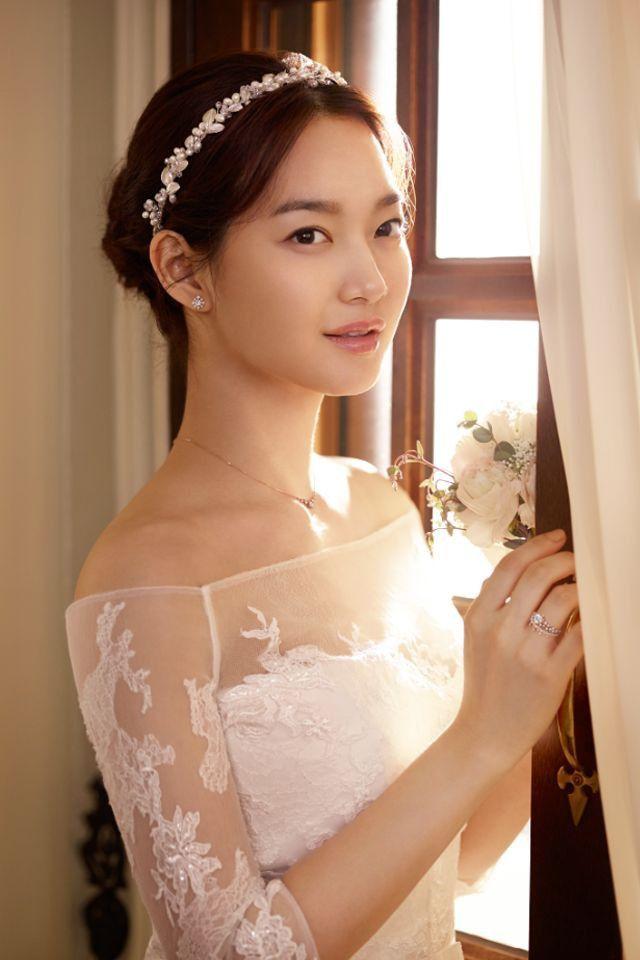 Shin min ah, Beautiful actresses, Korean actresses