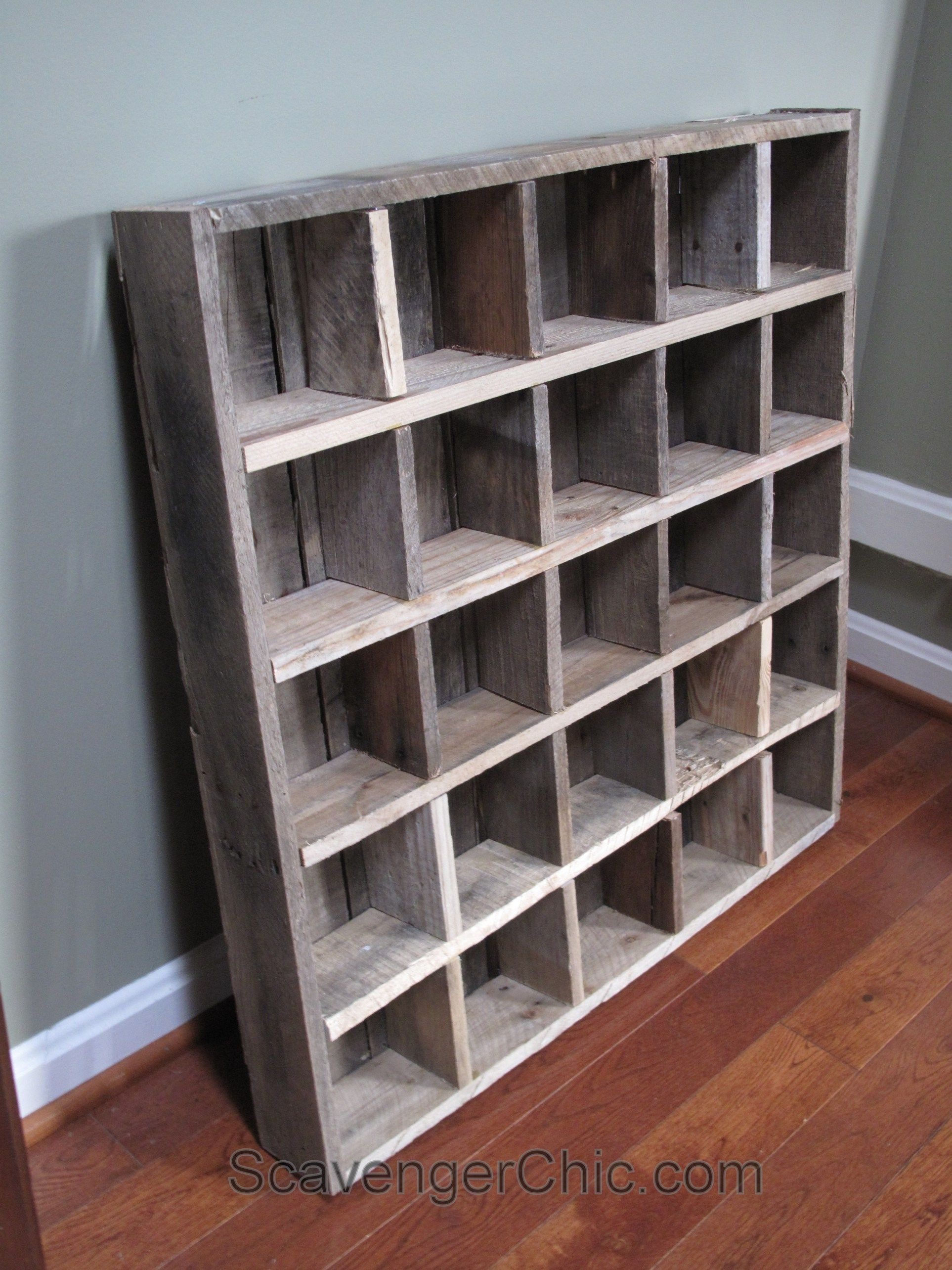 Pallet wood Cubby organizer shelves diy