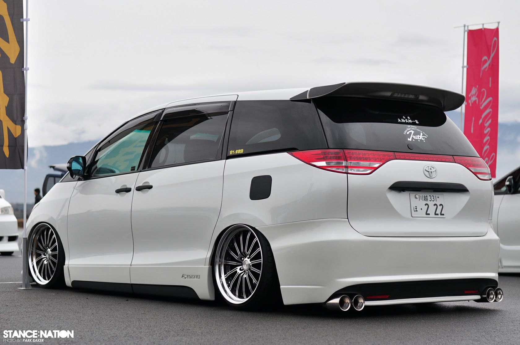 Custom honda odyssey who says you can t have fun with a minivan odyssey pinterest honda odyssey minivan and honda