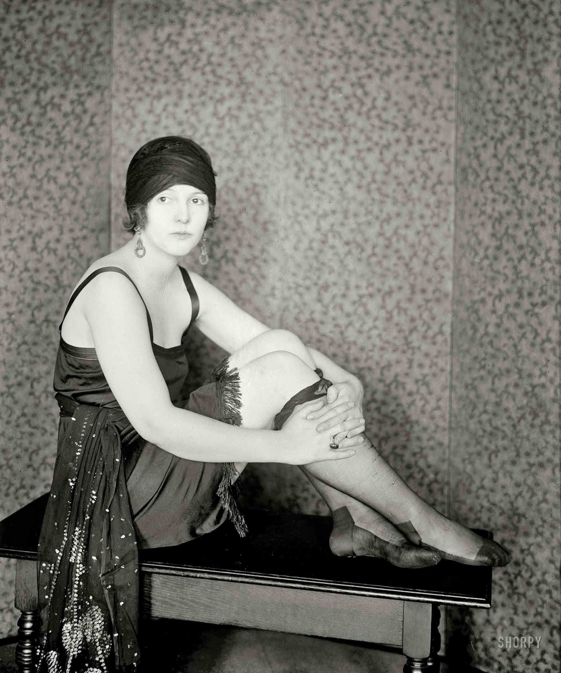 Early New York society flapper in 1922. In the USA that year, the US