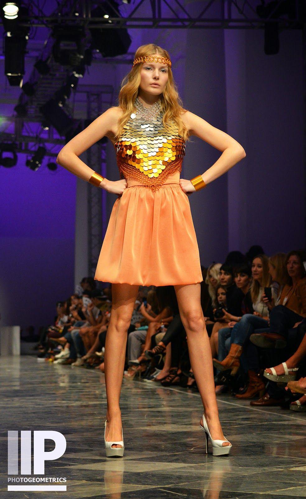 Disco Gloss: Anillarte for Valencia Fashion Week XVII | Photogeometrics Photography http://photogeometrics.blogspot.com.es/2014/10/disco-gloss-anillarte-for-valencia.html