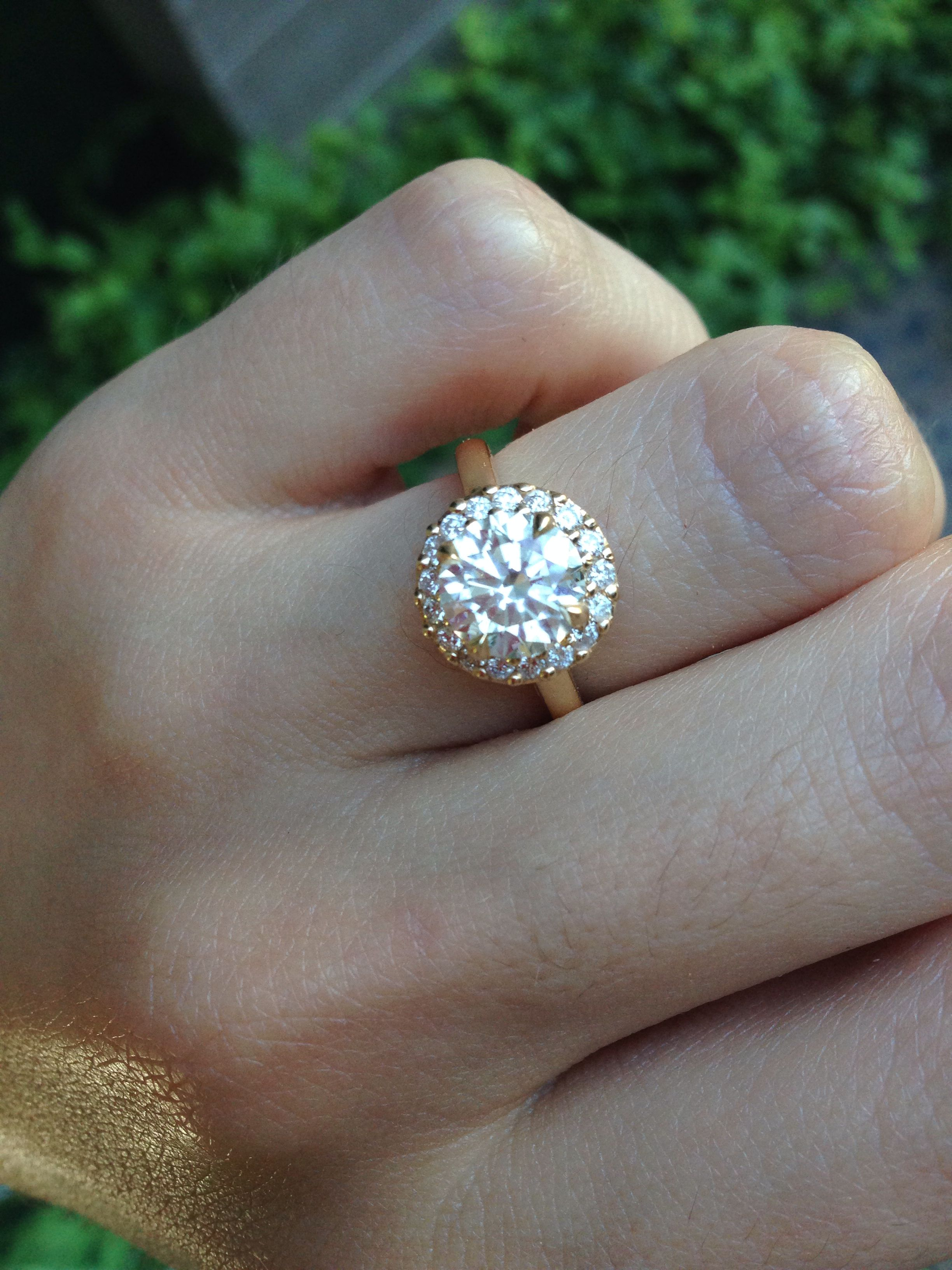 Beautiful antique wedding ring by far the prettiest ring i have