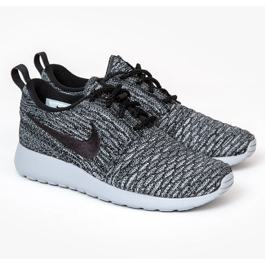 Sports shoes so beautiful and exquisite,click to come online shopping, Super surprise!! adidas shoes women running - amzn.to/2iMdUak