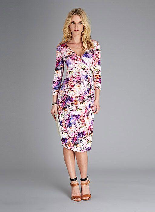 953088eeeec Vivien Print Maternity Dress at isabellaoliver.com