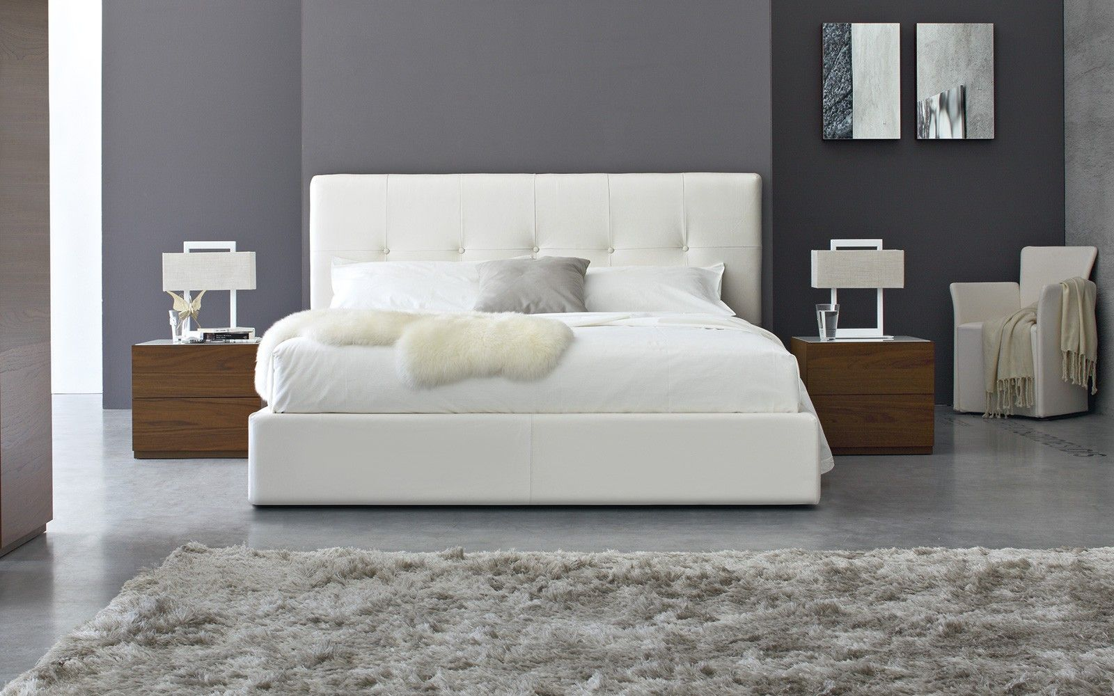 diamond bed calligaris fully upholstered bed with a chromed base  - diamond bed calligaris fully upholstered bed with a chromed baseavailable in matt optic white lacquer and white faux leather sizesinclude kin…