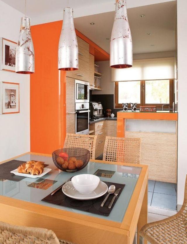 Schon Wandfarbe Kueche Ideen Orange Ahorn Schraenke