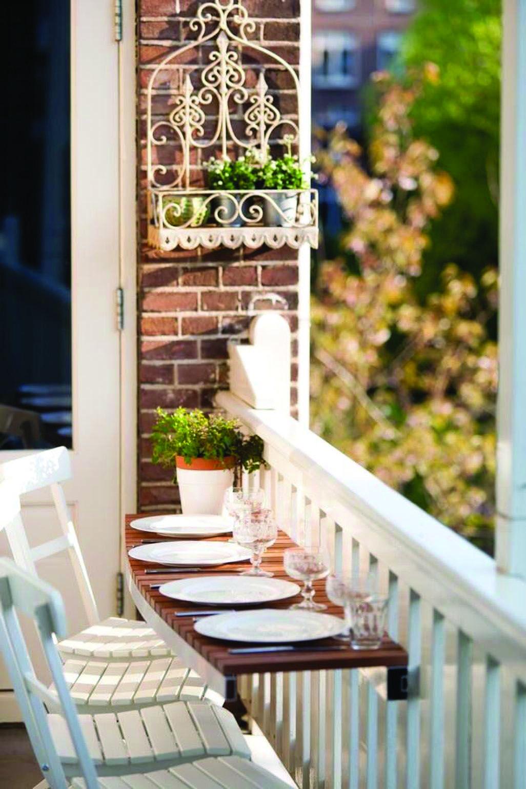 Cozy Veranda Ideas and Style Ideas #narrowbalcony