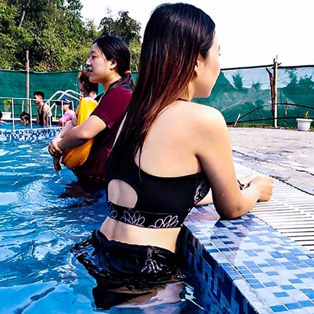 The summer can beat me.... Zumba in water is amazing... Try some with @milloamrita  We are northeast...