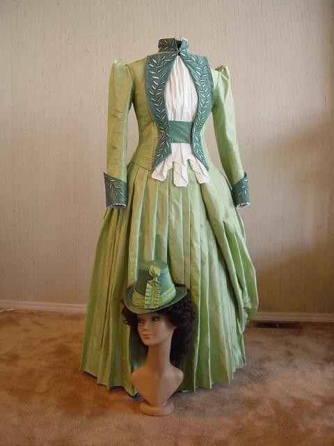 ChristineHallDesigns Mina Harkers Green Walking Gown Cinema Dress Bram Stokers Dracula