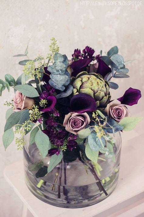 Beautiful purple and dusty rose bridal bouquet with an ornamental artichoke! Unu…