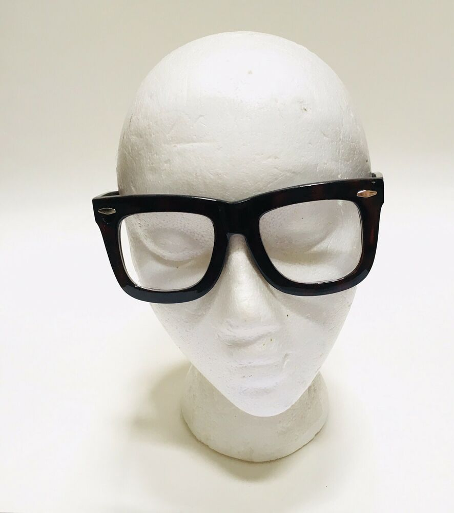 Oversized eyeglasses exaggerated retro style clear lens