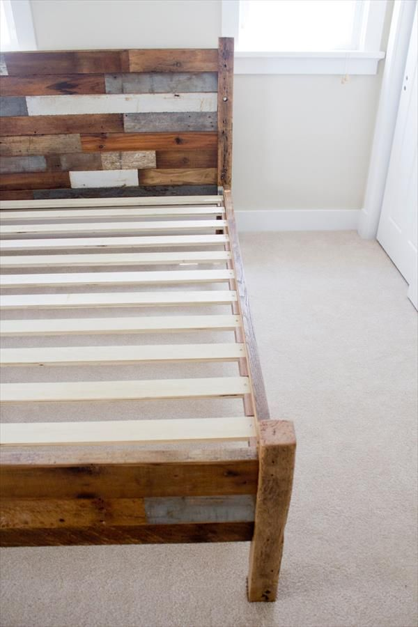 pallet-and-barn-wood-queen-bed-1.jpg 600×900 pixels | Home ...