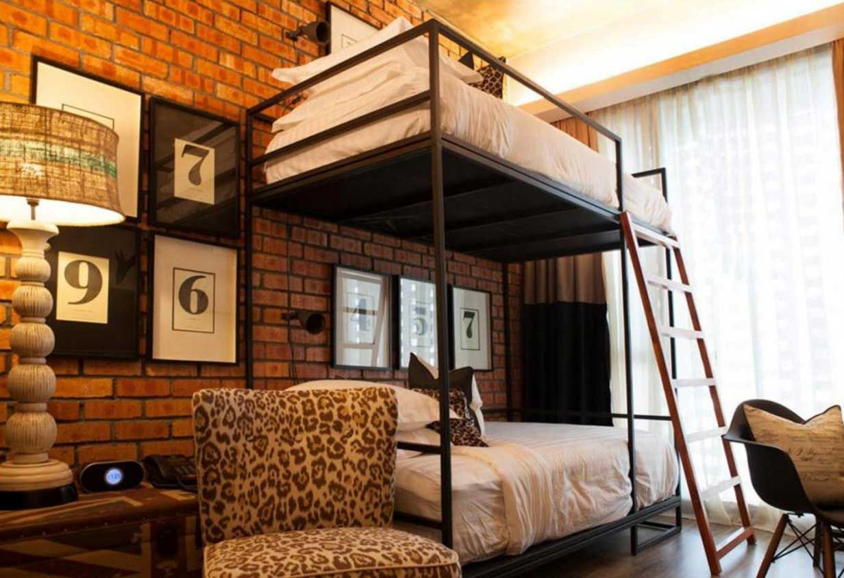 Gorgeous Queen Bunk Beds For Adults With Black Metal Bdes Frame