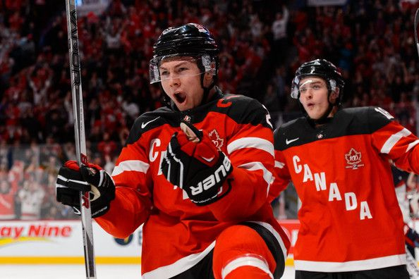 Curtis Lazar Us Vs Canada 2015 Wjc 12 31 14 Source Minas Panagiotakis Getty Images Hockey Scores Team Canada Hockey
