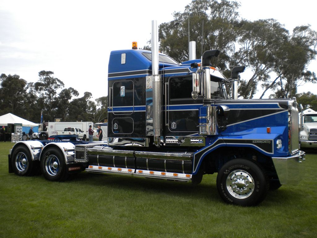 and again here 39 s the hha 39 s big c500 brute 39 heavy6 39 stops the show at castlemaine of 2011. Black Bedroom Furniture Sets. Home Design Ideas