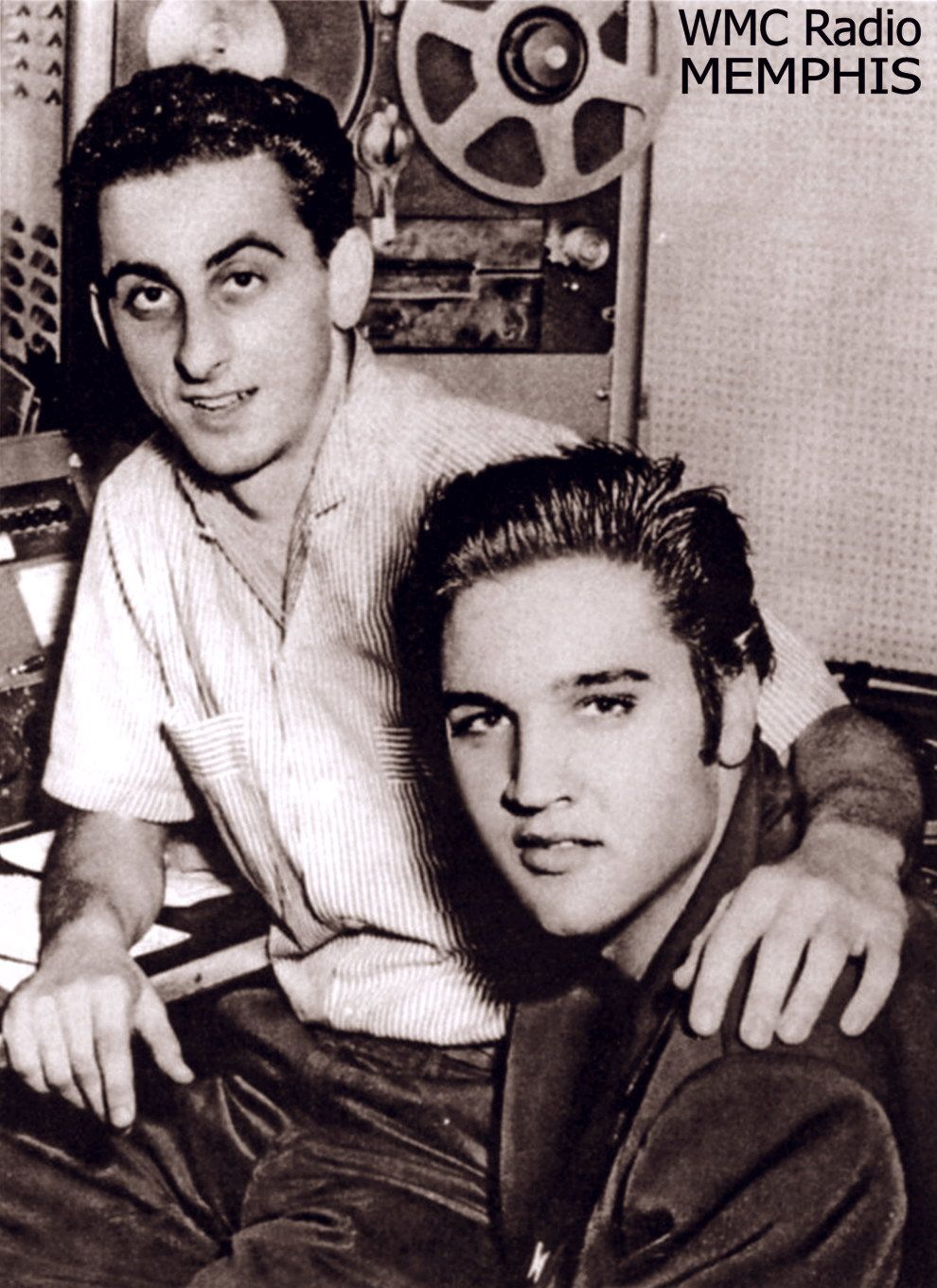 Here a picture from december 7 1956 when Elvis visit his friend Georges Klein at the radio station.