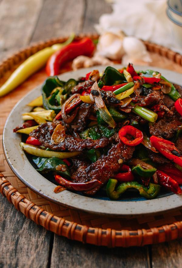 Hunan Beef An Authentic Hunan Recipe The Woks Of Life Recipe Chinese Beef Recipes Asian Recipes Beef Recipes