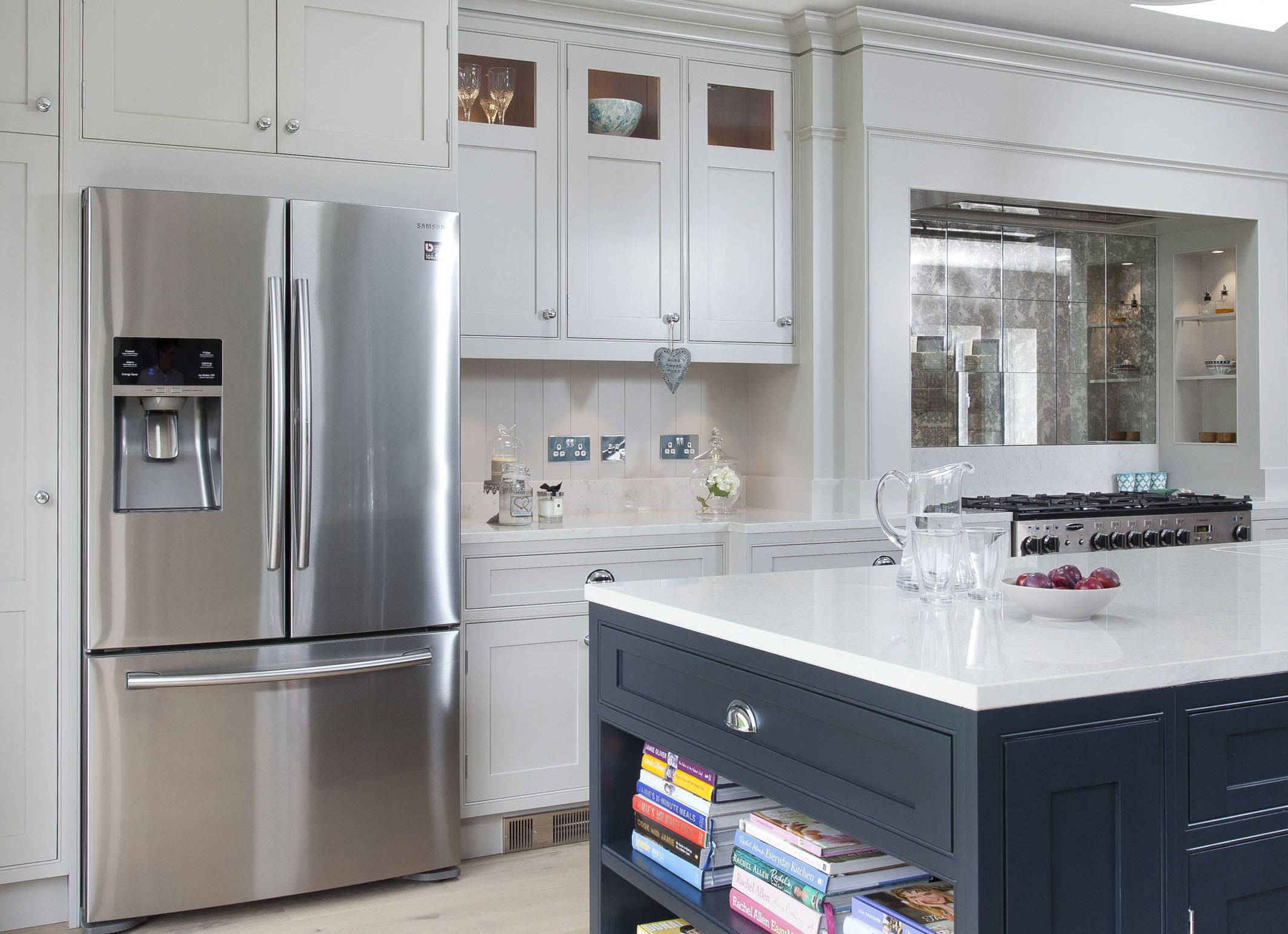 30mm inframe handmade kitchen by woodale handpainted in little rh pinterest com