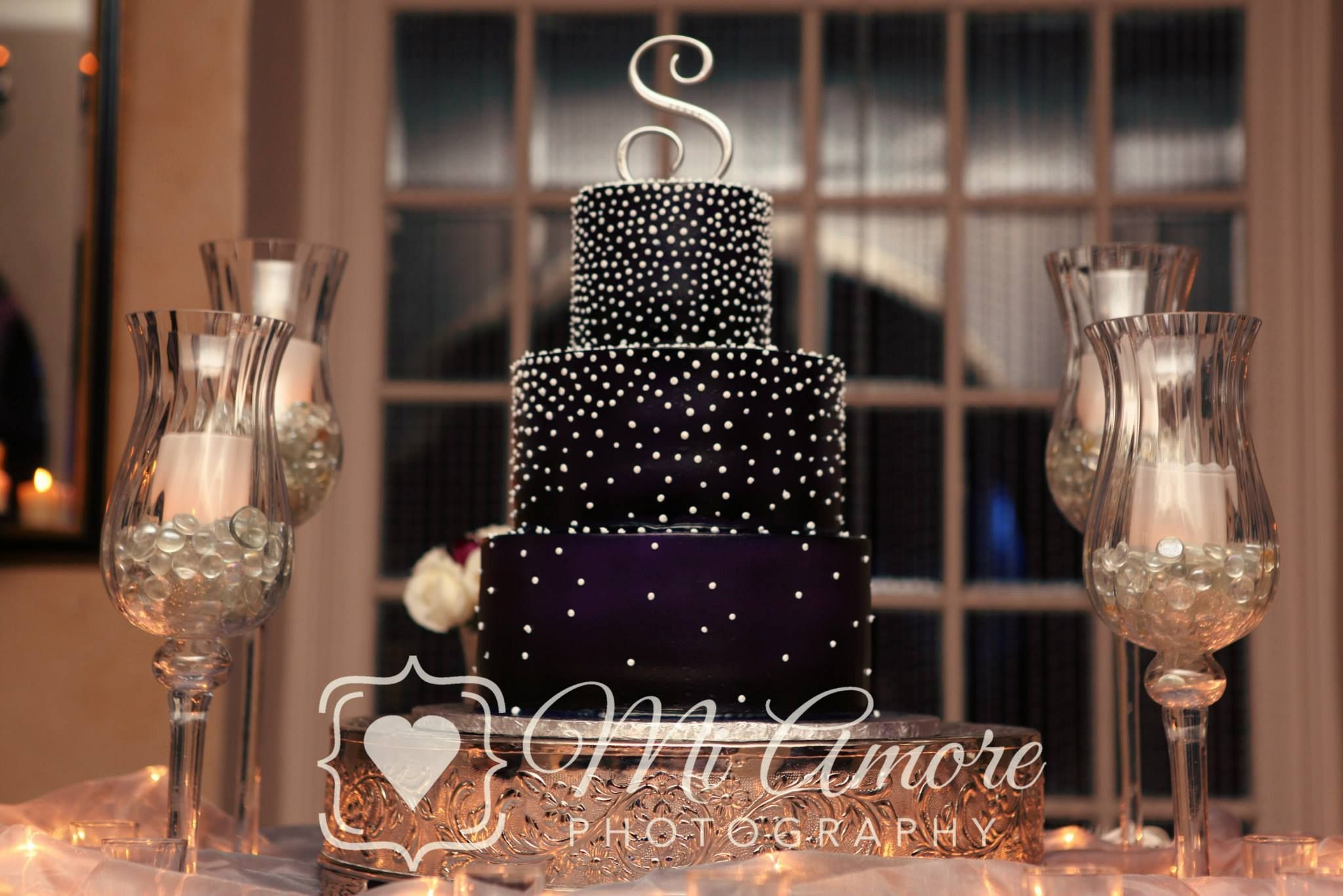 Love the cake stand with the candles on the side and