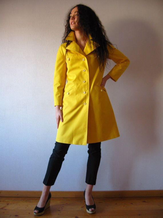 Vintage 70s Bright Yellow Trench Coat Womens Raincoat Lining Classic - Jacketers.com Womens-rain-jackets-17 #womensjackets All Things