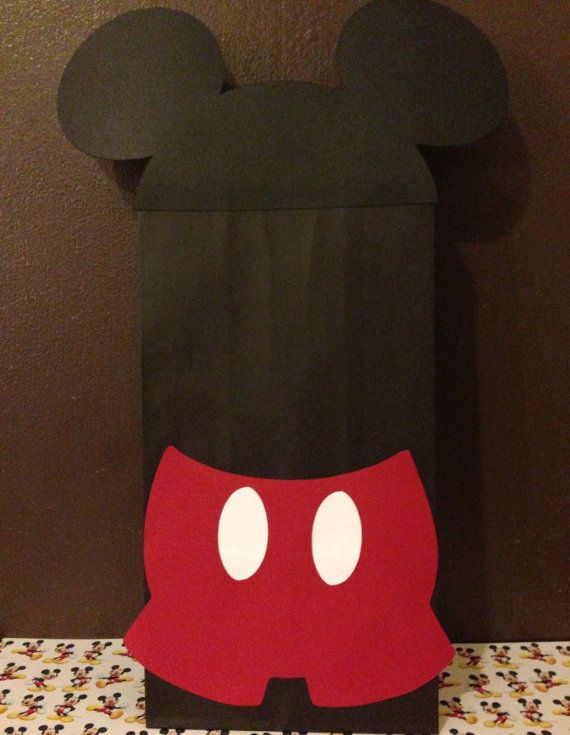 Hey, I found this really awesome Etsy listing at http://www.etsy.com/listing/152679645/10-mickey-mouse-party-favor-bags-mickey