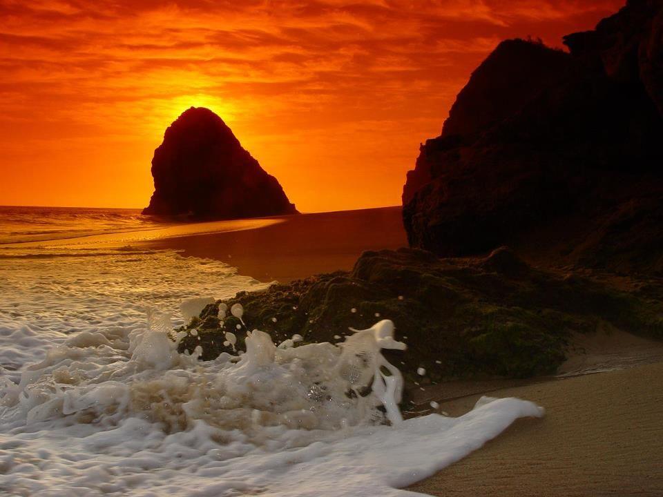 Cómo les caería en estas vacaciones, una escapadita a las playas de Colola, Michoacán.    Foto: ViaMichoacan.com —