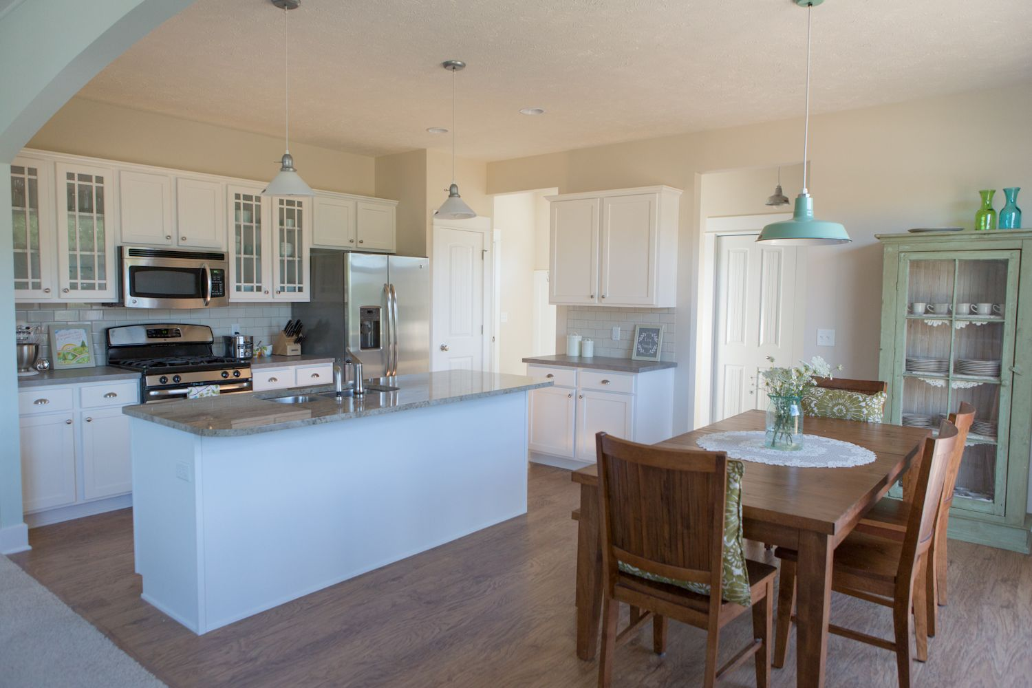 Best Eat In Kitchen Stockton Plan Eastbrook Homes Modern 640 x 480