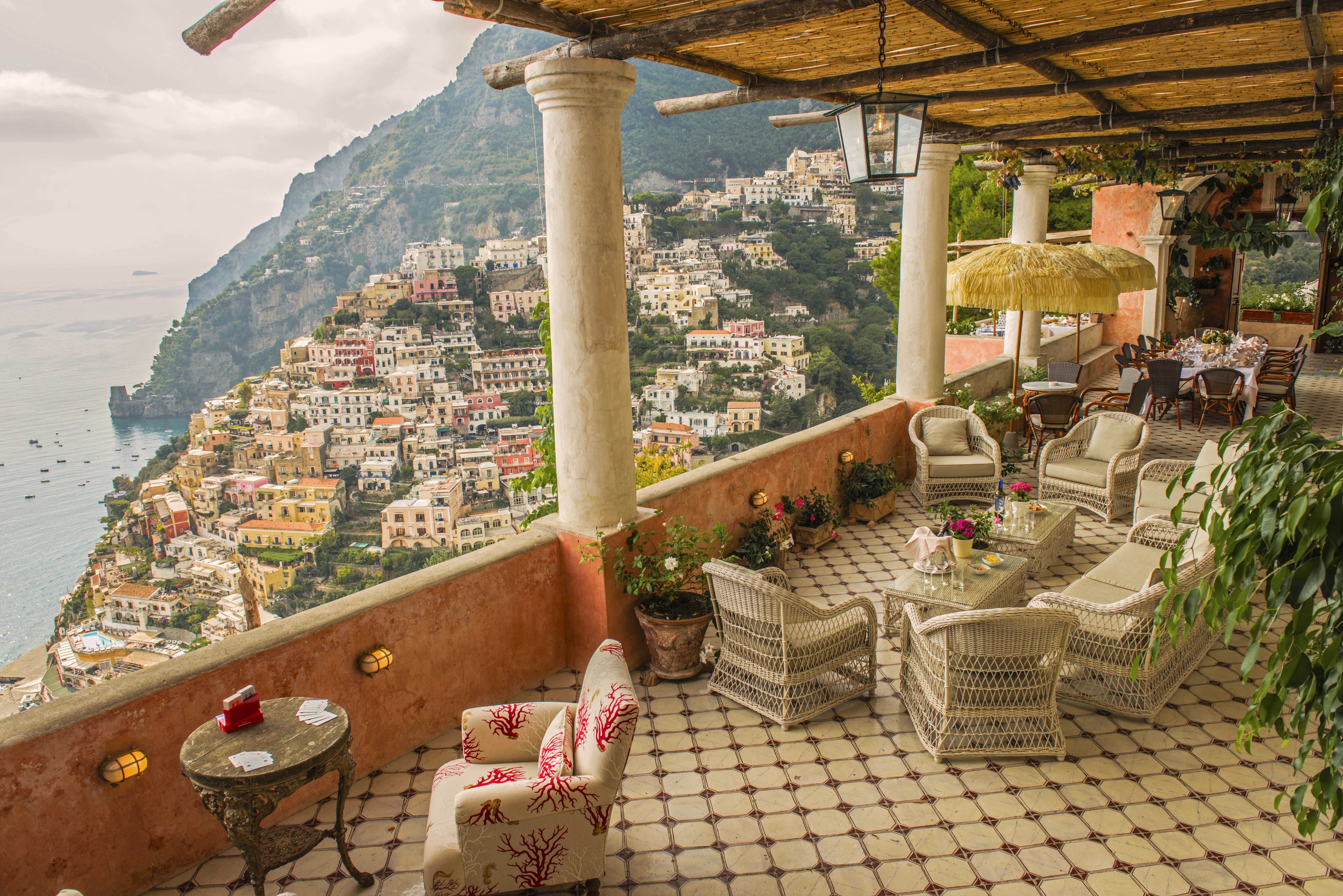 This Amalfi Coast Villa Is the Vacation Home of Your Pastel Dreams ...