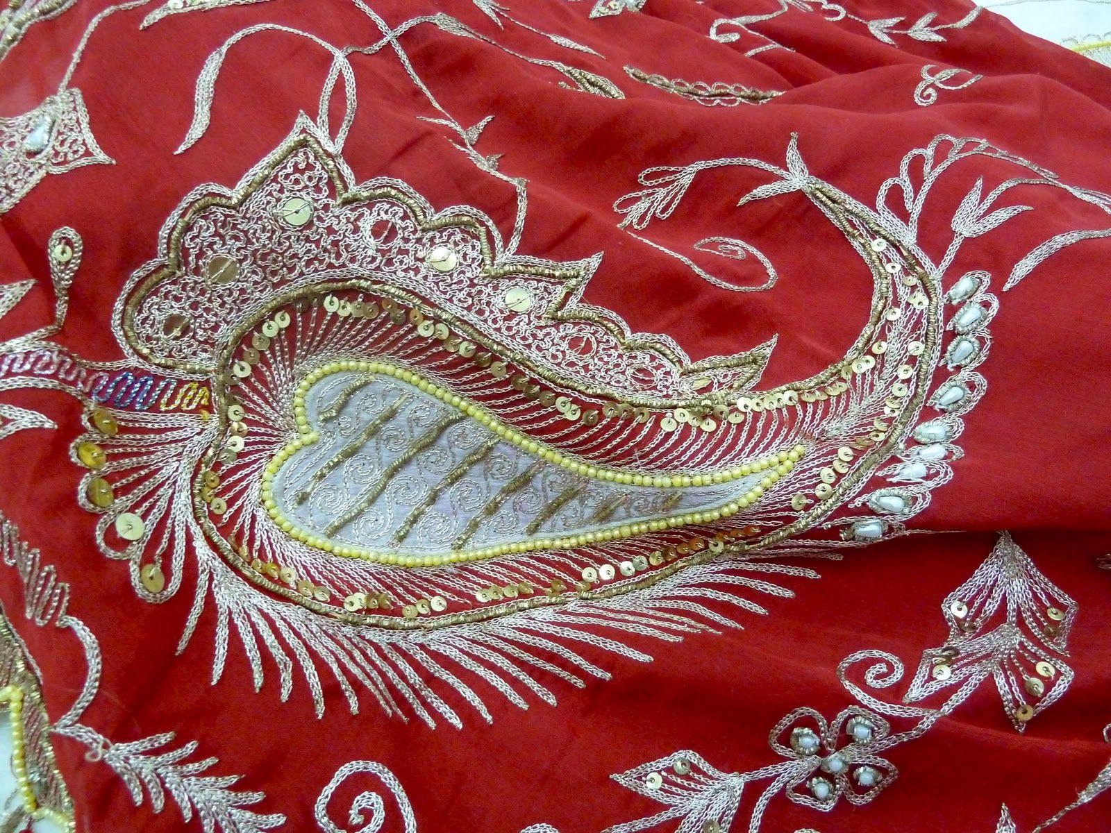Aari embroidery chain stitch dominated by zari metallic