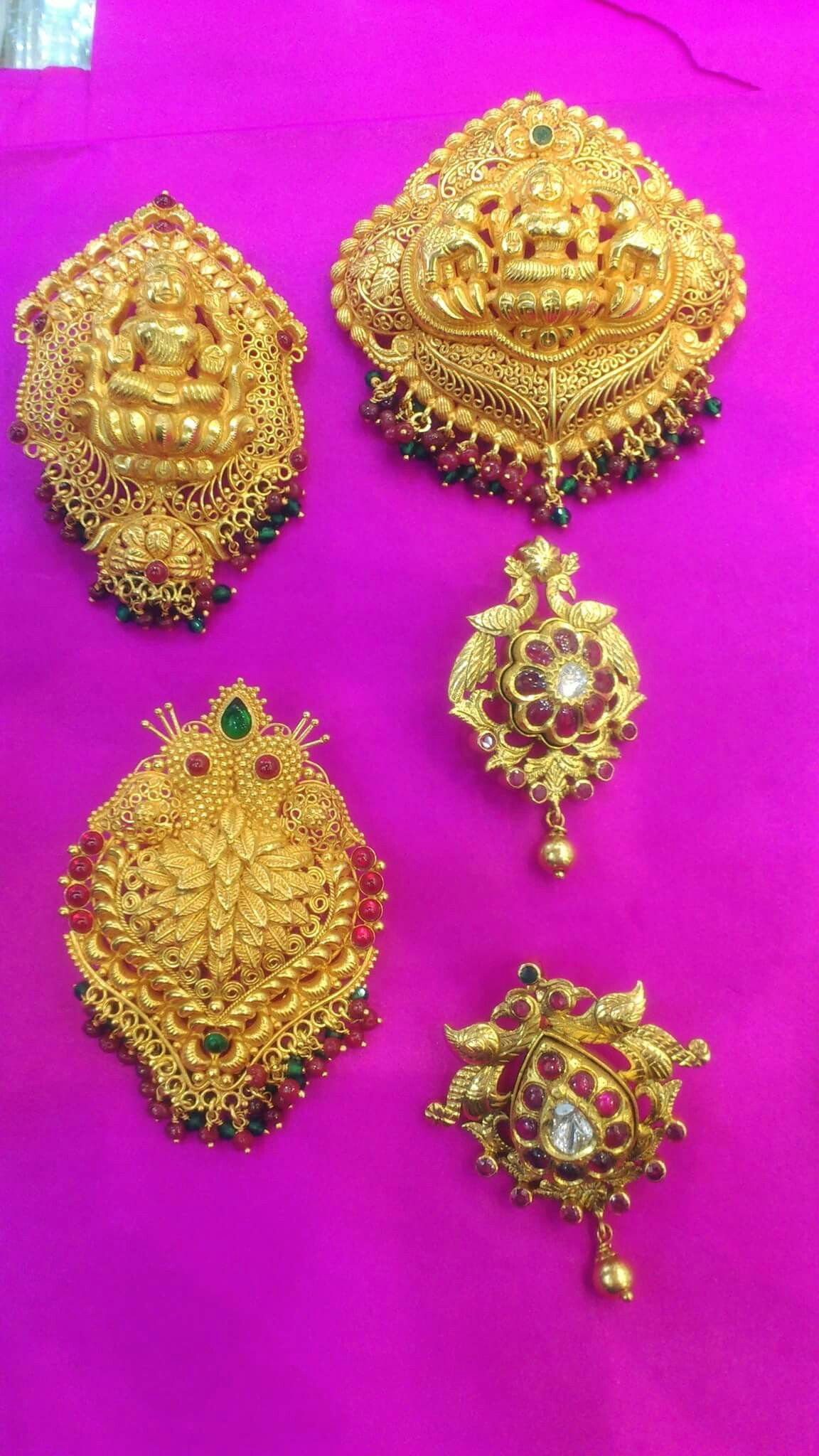 Pin by anusha on gold jewelry designs pinterest india jewelry
