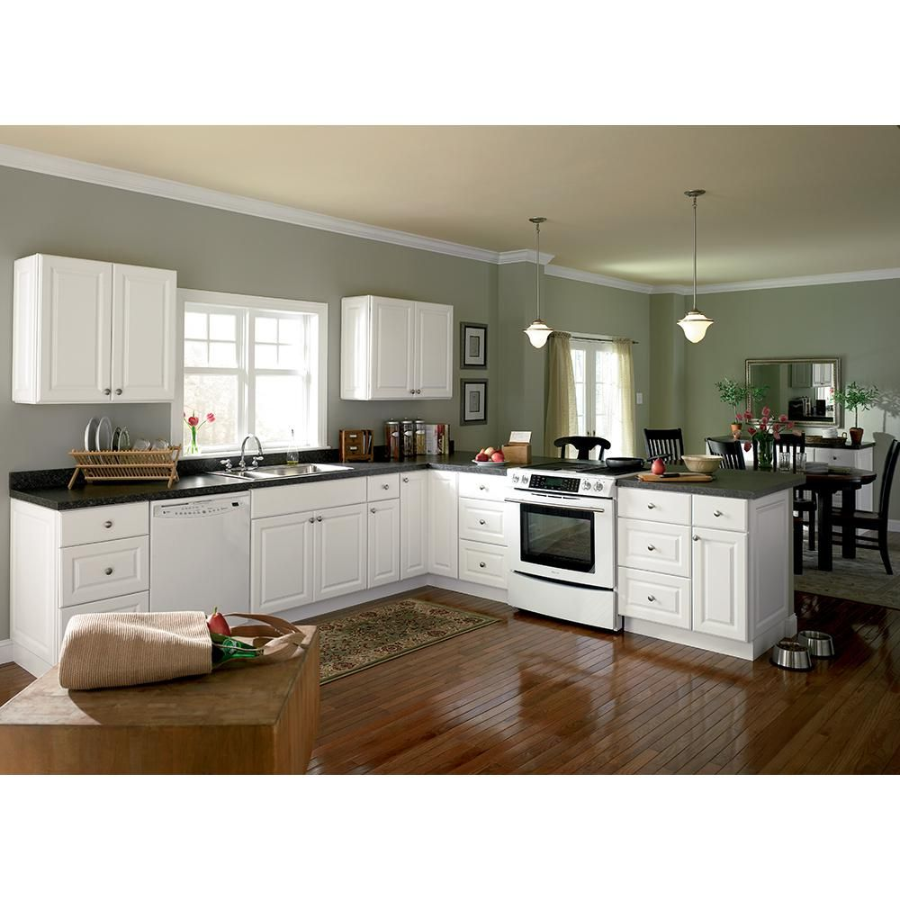 Hampton assembled in farmhouse apron front for Assembled kitchen cabinets