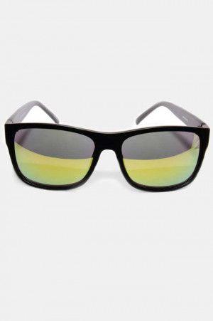 5cf4a400c1 Lentes de Sol Negros Clásicos con Mica Amarilla. Si quieres ver mas #Lentes  de