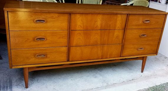 Best Mid Century Danish Style Dixie Low Dresser Credenza By 400 x 300