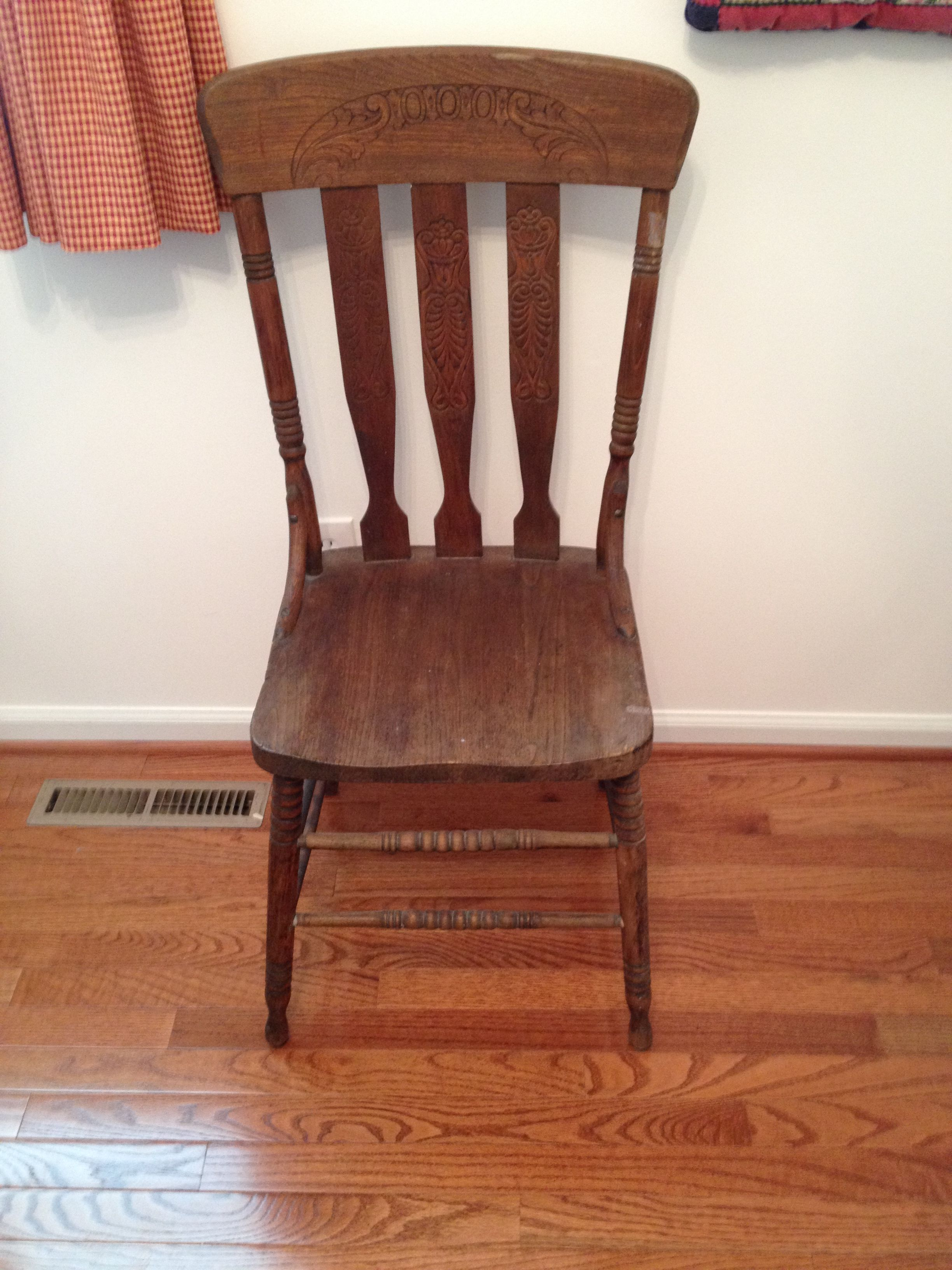antique wooden spindle chair asking $20 PERRYHALL location