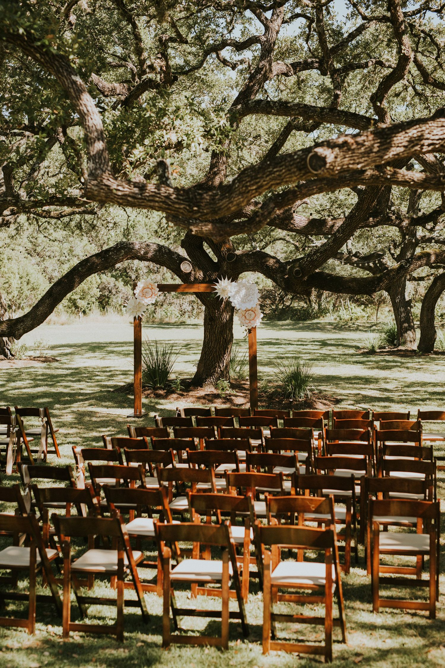 What To Look For In A Wedding Venue Diana Ascarrunz Photography Wedding Venues Austin Wedding Venues Austin Wedding Photographer