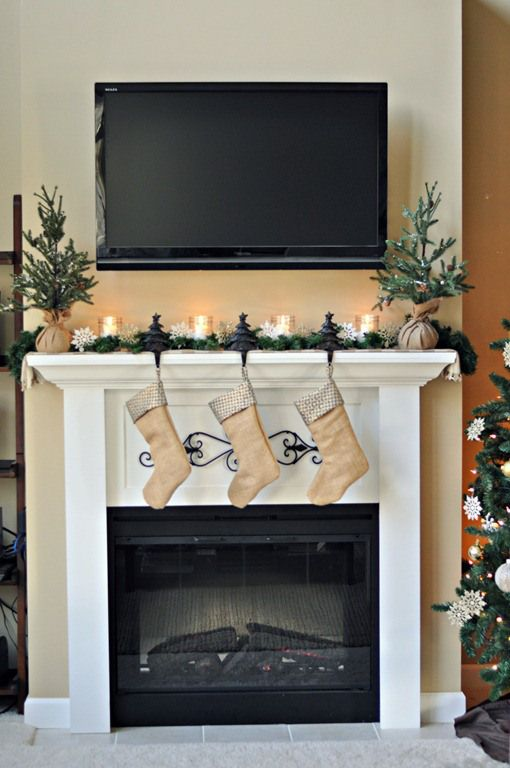 christmas mantel with tv over the fireplace mantel decorating ideas for tv over the fireplace - Christmas Tv Decoration