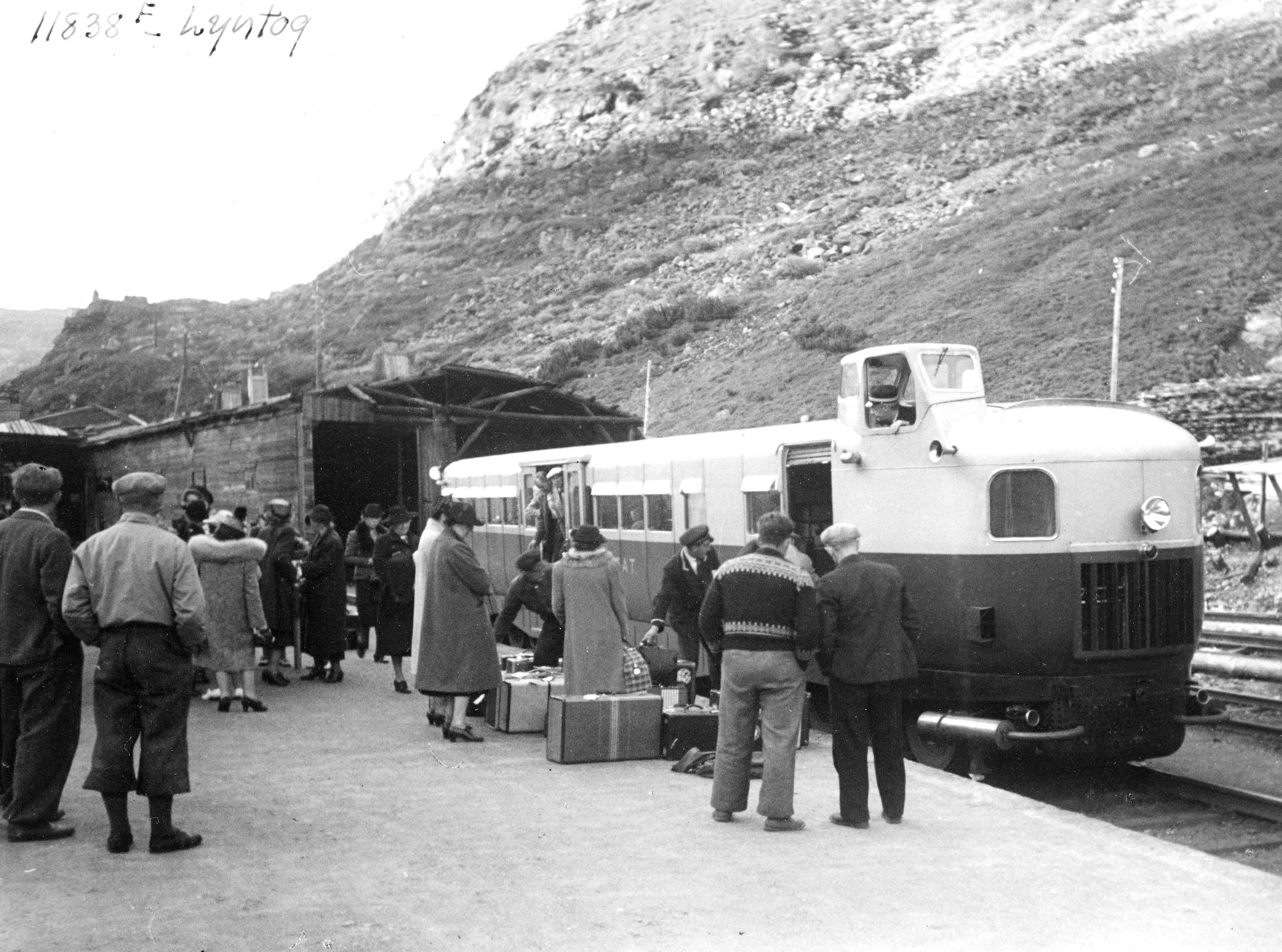 Tog Myrdal Stasjon Digitaltmuseum No Street Cars Recreational Vehicles Train