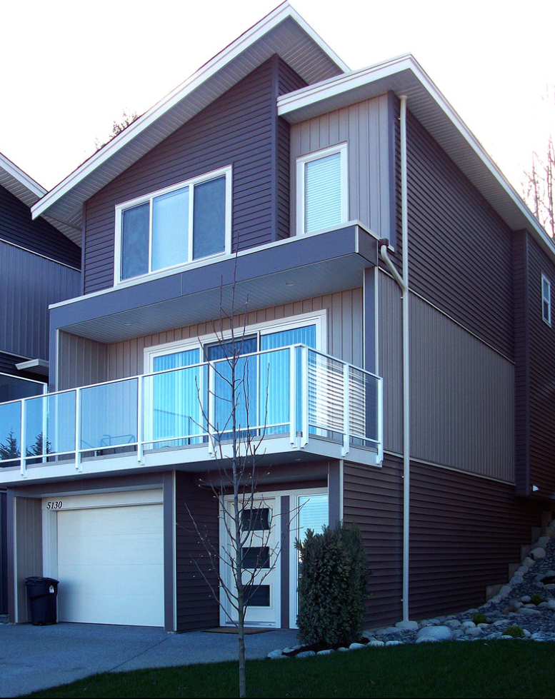 Kaycan Vinyl Siding Cabot Brown And Bisque Siding With White