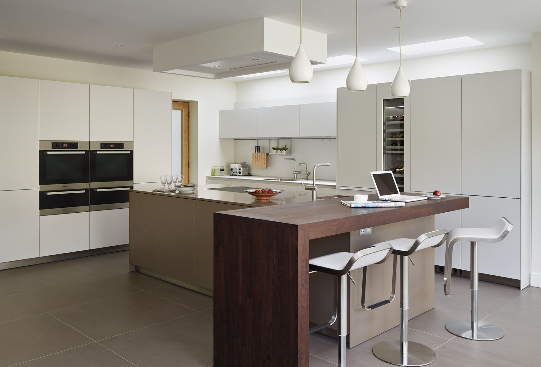 bulthaup by kitchen Architecture \'Urban family living\' case study ...