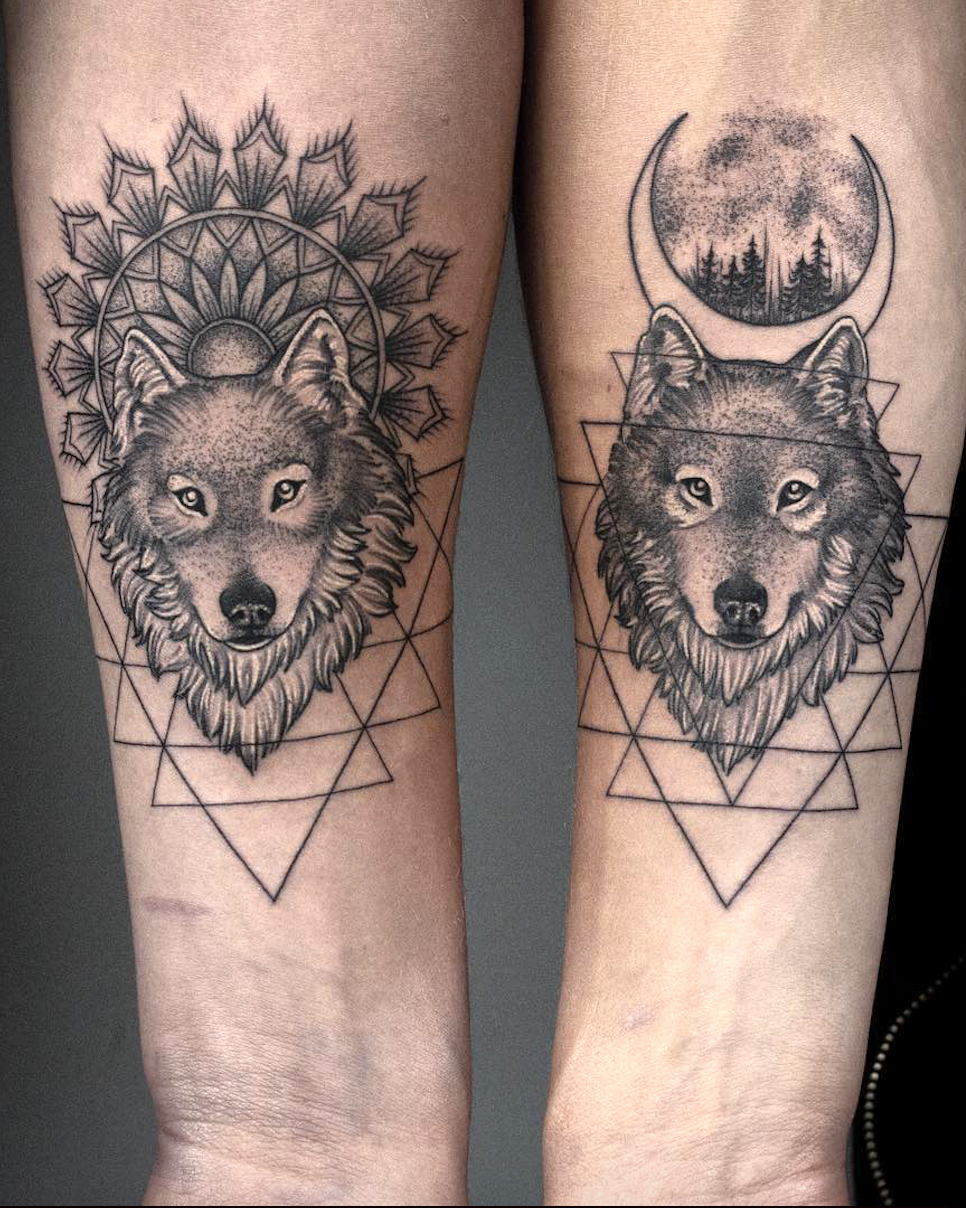 Tattoo For Couples Who Don T Need An Engagement Ring To Seal Their Love How Do You Prove Your Love To Y Wolf Tattoos For Women Friendship Tattoos Dog Tattoos