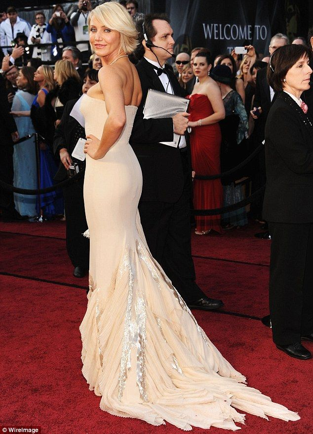 1000  images about Red Carpet Gowns on Pinterest - Red carpet ...