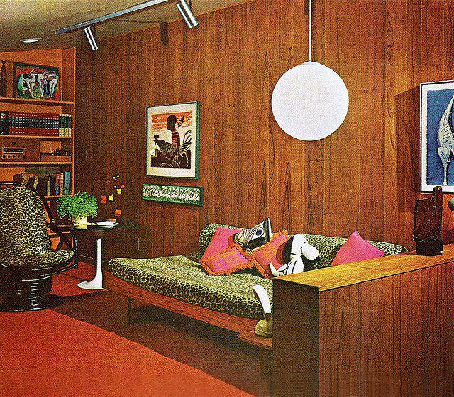 woonhome seventies interieur jaren 70 houten meubels hout