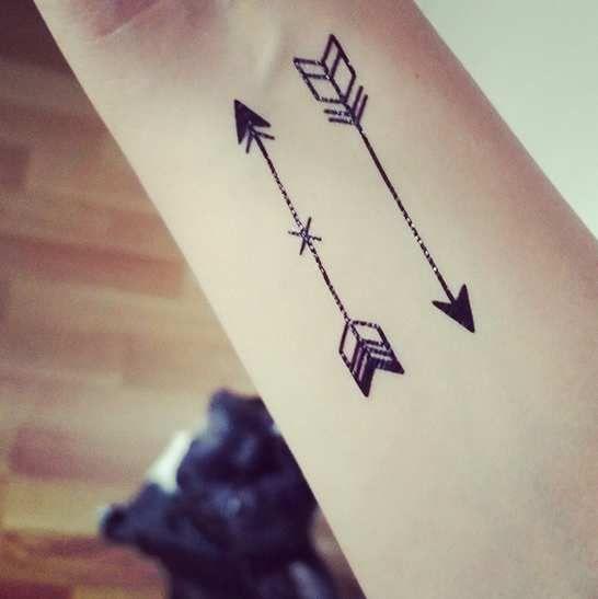 Favori tatouage fleche - Recherche Google | Tattoo arrow/compass  NV77