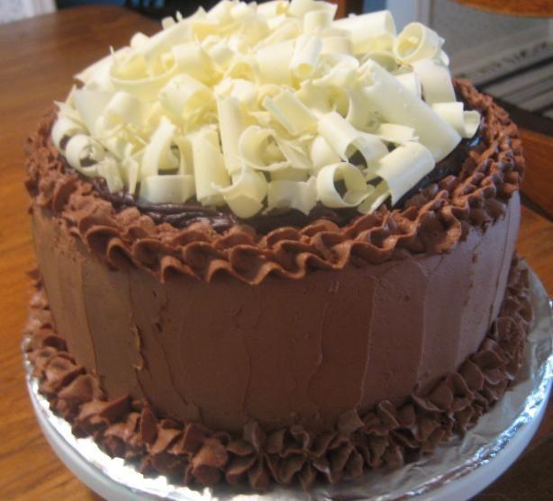 Old Fashioned Sour Cream Fudge Cake